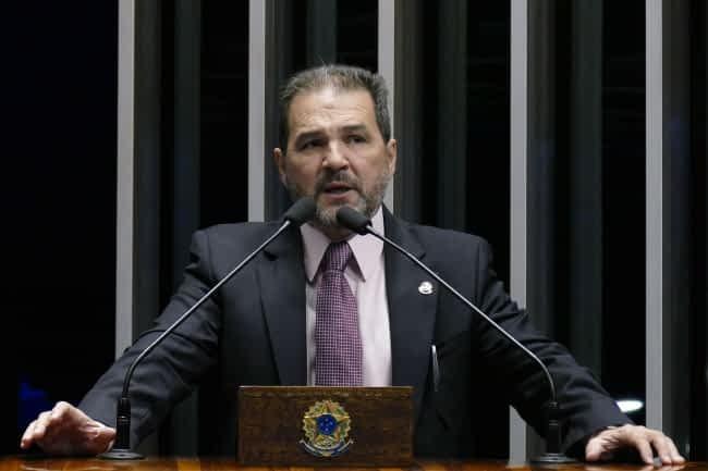 Roque-de-SáAgência-Senado-1-e1527732122505