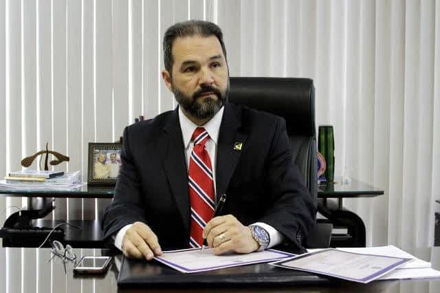 entrevista-ministro-eduardo-lopes-prb-desempenho-prb-foto-kenedy-brian-04-11-2014
