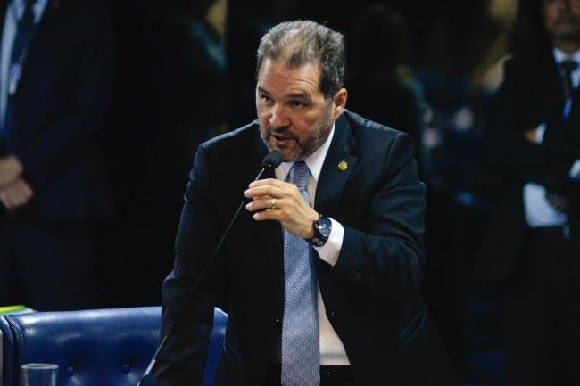 Plenário do Senado durante sessão deliberativa ordinária. Ordem do dia.  Em pronunciamento, senador Eduardo Lopes (PRB-RJ).  Foto: Jefferson Rudy/Agência Senado