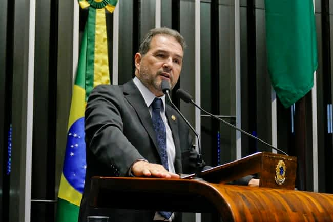 Plenário do Senado Federal durante sessão deliberativa ordinária.   Em discurso, senador Eduardo Lopes (PRB-RJ.  Foto: Roque de Sá/Agência Senado
